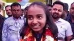 কিক বক্সিংয়ে সোনা জিতে দুবাই থেকে ভারতে ফিরল হেনা