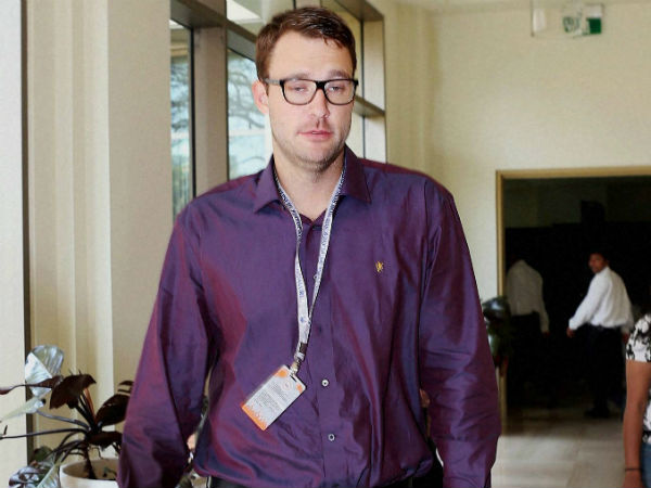 Rcb Sacked Daniel Vettori From The Post Head Coach