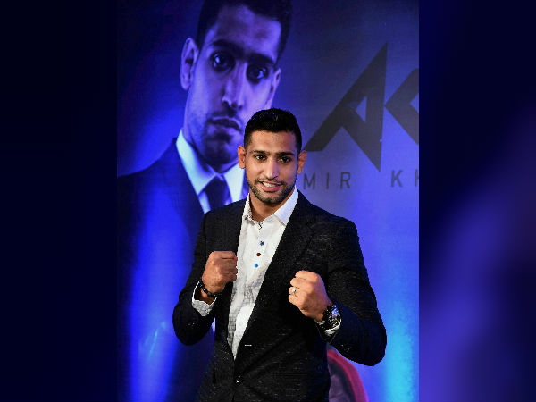 British Professiional Boxer Amir Khan Beats Samuel Vargas Sets Up Kell Brook For The Next Clash