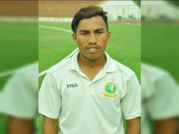 Indian Teenage Pace Bowler Takes Perfect 10 Reminds Wasim Akram