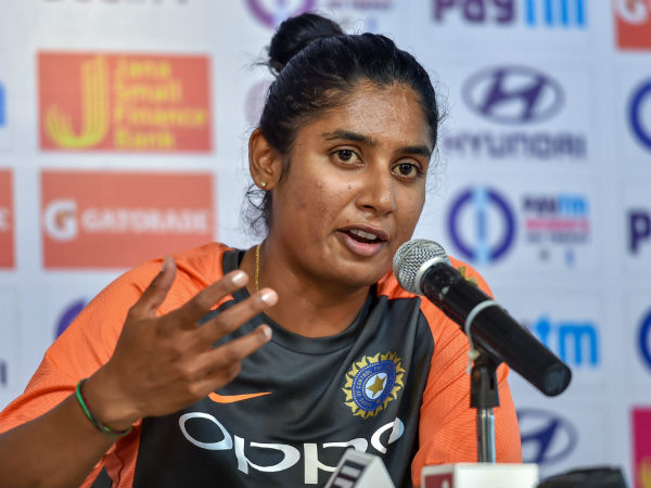Indian Women Vesus England Women Mithali Raj Change Her Batting Order