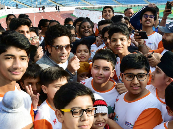 Tendulkar Does Push Ups Runs As Event Raises Rs 15 Lakh Pulwama Martyrs Families