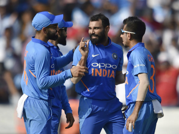 Mohammed Shami Hosts Indian Teammates Ahead 5th Odi Against Australia In Delhi