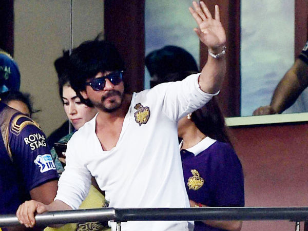 Ipl 2019 Kkr Owner Shahrukh Khan At The Eden Gardens Watch Video