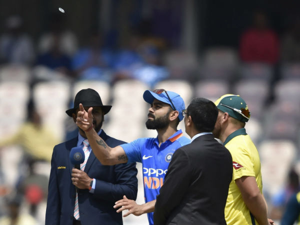 India Versus Australia 2019 Third Odi India Win The Toss Opt To Field First In Ranchi
