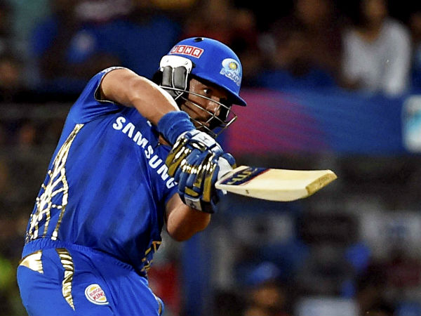 Watch Video Yuvraj Singh S Back To Back 3 Sixes In Against Rcb