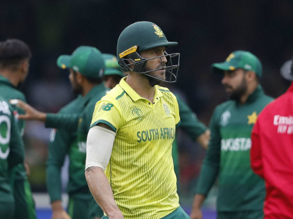 Du Plessis Blasts On His Own Team Terms Protius As Mediocr