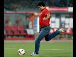 Delhi Dynamos Atletico De Kolkata Share Points After Elias Stunner