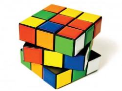 Man Attempts Solve Rubik S Cube Faster Than Usain Bolt Runs