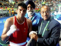 Selfie Gold Goes Sports Minister Vijay Goel Rio Olympics