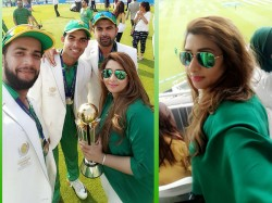 Mystery Lady With Pakistan Cricket Team Catches Eye