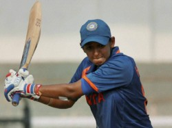 Twitter Flooded With Wish As Harmanpreet S Knock Made India To Final