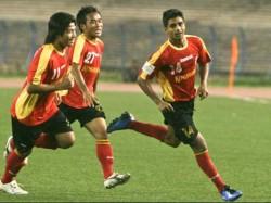 Footballer Mehetab Hossain Now Keeps Focus On Isl Instead I League Oneindia Bengali