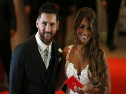 Messi Ties The Knot With Long Time Girlfriend Rocuzzo