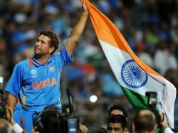 Birthday Boy Sachin Tendulkar S Fans Fumes At Australia Cricket Board