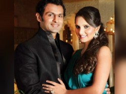 Sania Mirza Shoaib Malik Set Welcome First Child Tweets T