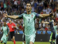 Cristiano Ronaldo Equalises Lionel Messi After Missing Penalty Iran