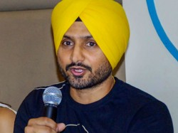 Indian Cricketer Harbhajan Singh Sends Strong Message Fellow Indians