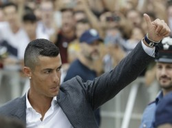 Cristiano Ronaldo Eyes Champions League Glory At New Club Juventus