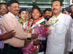 Gold Medal Winner Swapna Barman Returns Kolkata