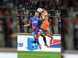 Isl 2018 19 Bengaluru Fc Vs Fc Goa Match Report Sunil Chhetri Heads The Winner
