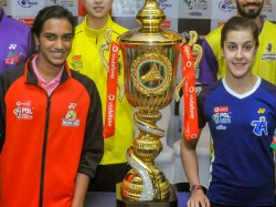 Pbl 2018 19 Hyderabad Hunters Vs Pune 7 Aces Sindhu Defeats Marin