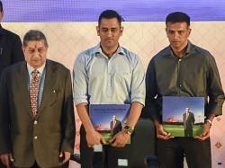 It S Important Safeguard Bowlers Dhoni Dravid Kumble