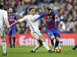 Cristiano Ronaldo Challenges Messi Try Something New Come To Italy