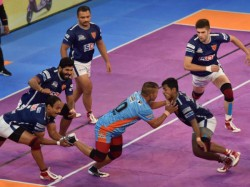 Pkl 2018 19 Dabang Delhi Oust Bengal Warriors Up Yoddha Knockout U Mumba