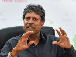Indian Women S Team Coach Kapil Dev Displeased After Efforts To Stall Raman S Appointment