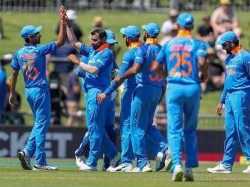 Indian Bowlers Shine New Zealand Is Struggling First Odi