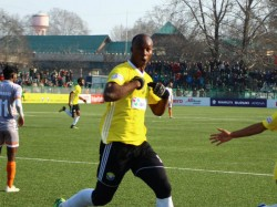I League 2018 19 Last Gasp Win Real Kashmir Throws Title Race Wide Open