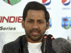 Icc Bans Former Sharjah Cricket Official Approaching Sarfraz Ahmed