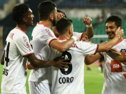 Fc Goa Beat Hyderabad Fc In Very Important Isl Match