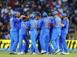 Icc Odi Rankings India Rise 2nd Kohli Bumrah Remain On Top