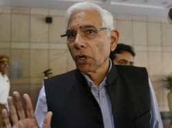 Would Be Shooting The Foot If We Don T Play Pakistan Vinod Rai