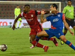 Isl 2018 19 Semi Finals Northeast United Wins Bengaluru Gets An Away Goal
