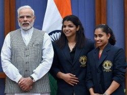 Narendra Modi Appeals Sports Stars Lead Young India Votekar