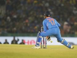 Fans Troll Rishabh Pant Appeal Karthik Wc Team Social Media