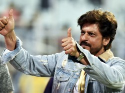 Pak Pacer Mohammad Hasnain Gets Big Hug From Team Owner Shah Rukh Khan