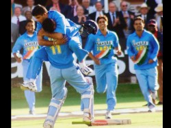 Sourav Sachin And Dravid Use Same Words To Lift Morale Of Team In Natwest Final