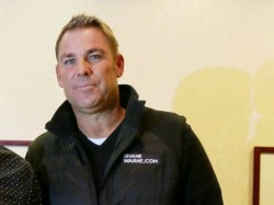 Shane Warne Speaks About Dhoni S Retierment What He Says