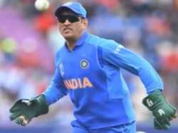 Ms Dhoni May Get Trouble As Sakshi Break Team India S Wc 2019 Rule For Wags
