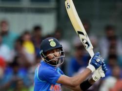 Icc Cricket World Cup 2019 Hardik Pandya Wearing A Diamond Chain With A Bat And Ball