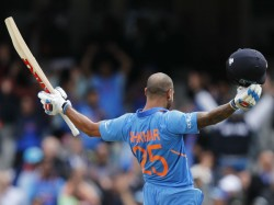 Shikhar Dhawan To Stay With Team In Icc World Cup 2019 Despite Thumb Injury