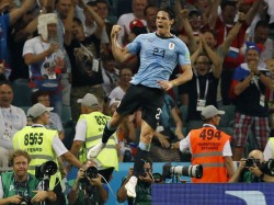 Uruguay Beat Chile By 1 0 Snatch Top Spot In Group C