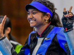India S Elavenli Valarivan Wins 10m Air Rifle Gold In Issf World Cup