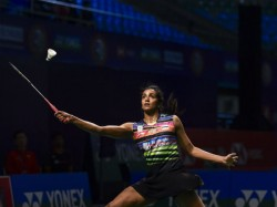 Pv Sindhu Enters Into The Semi Final Of World Badminton Championships