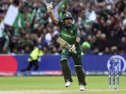 Pak Vs Sri Babar Azam Overtakes Virat 3rd Quickest To 11 Odi Hundreds
