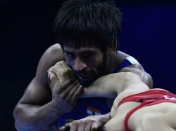 Banjrang Punia Lose Semi Final Of World Wrestling Championships Defeat For Ravi